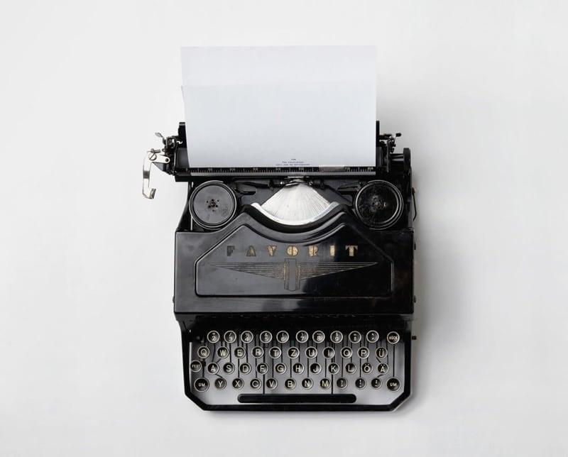 Old Fashioned Typewriter - brand journalist