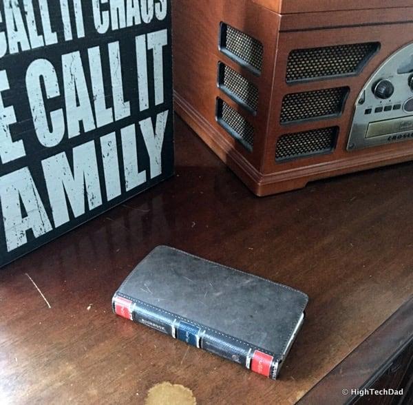 HTD Twelve South BookBook iPhone Case - vintage look