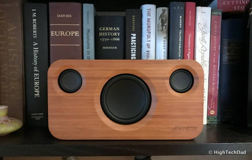 HTD ARCHEER A320 - on bookcase