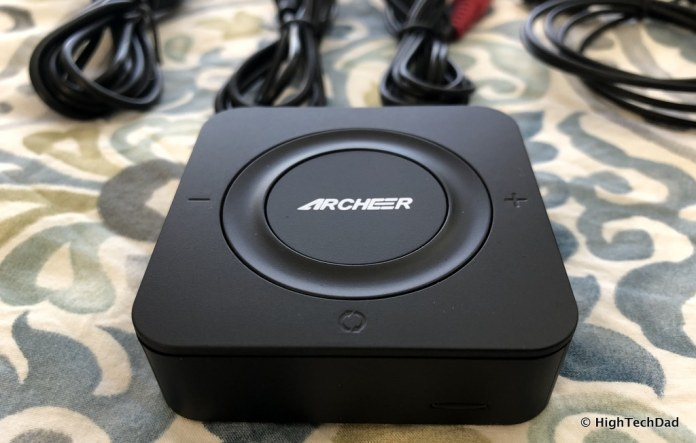 ARCHEER Bluetooth Transmitter & Receiver review - front sync button