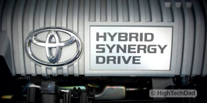 HighTechDad explores the new Kelley Blue Book site Ride.Tech - hybrid engine