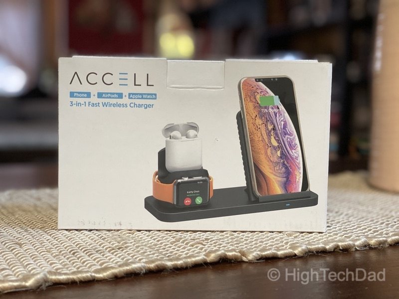 Accell 3-in-1 Fast Wireless Charger in the box
