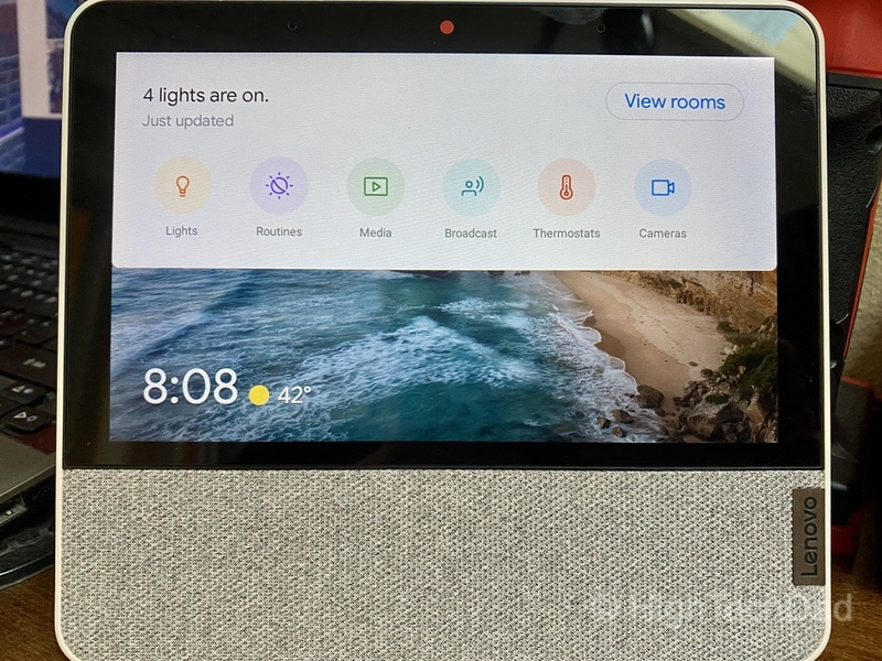 HighTechDad review: Lenovo Smart Display 7 - swipe down for smart home control