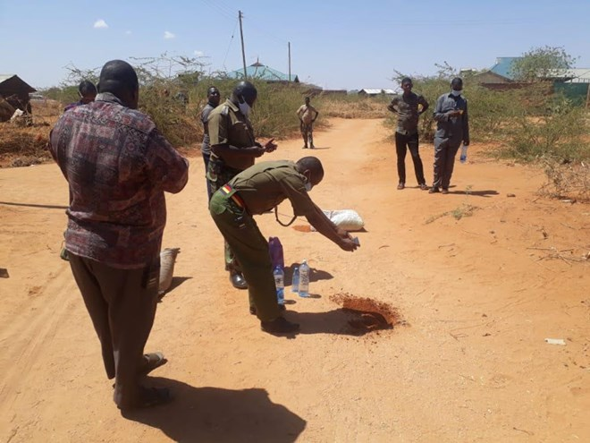 Police at the scene where three al Shabaab militants died following an explosion of their own IED device in Fafi, Garissa county on Thursday evening. Image: COURTESY