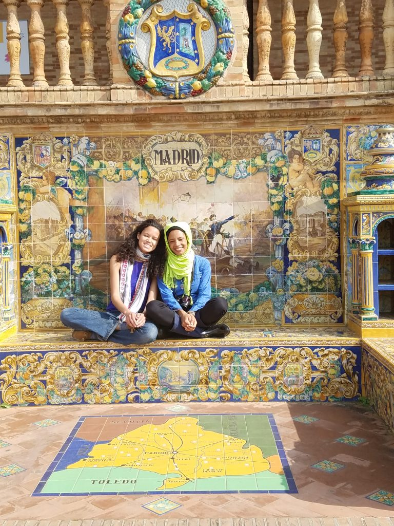 3 day guide to Seville Version halal- Plaza de Espana