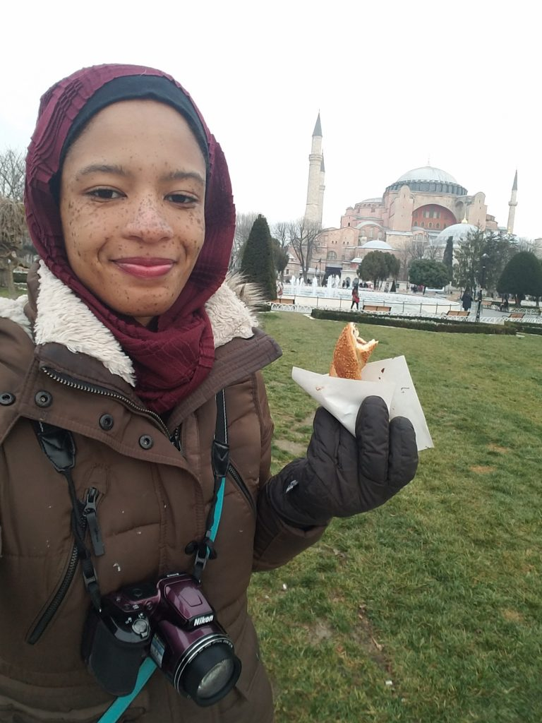 Is it safe to travel to Turkey?- Simit
