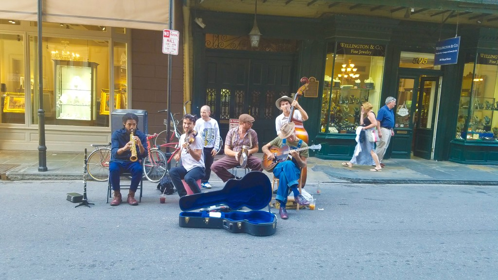 New Orleans Itinerary: Frenchmen street