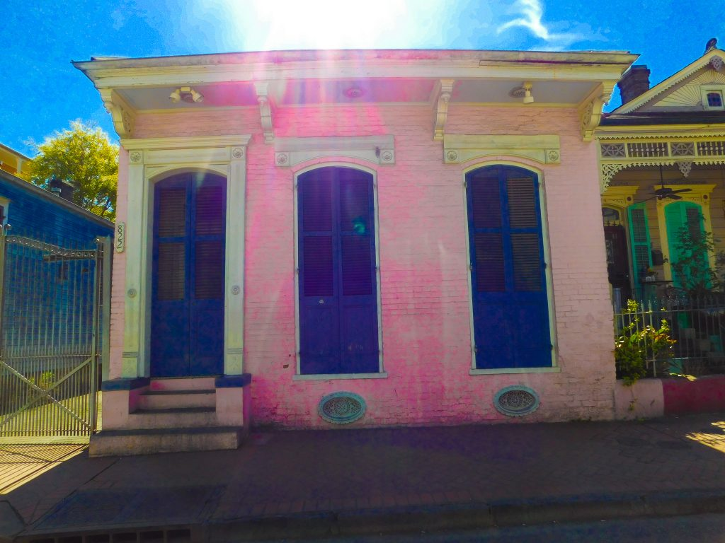New Orleans Style house: pink creole house
