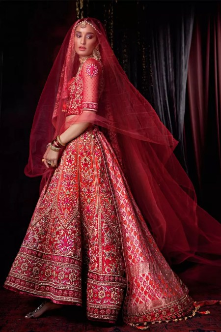 traditional-deep-red-bridal-lehenga-12
