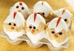 Pollitos de huevo rellenos
