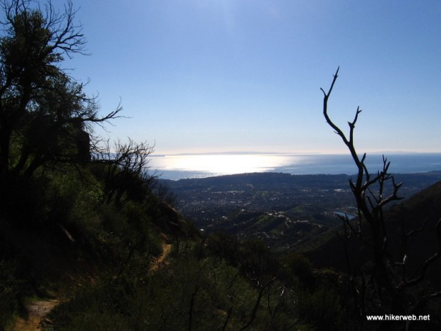 A view of Santa Barbara and the Pacific Ocean from Tunnel Trail.