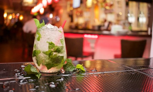 Five Must-Try Cocktails in Lake Tahoe