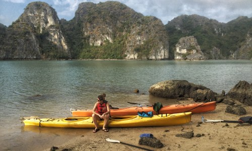 Halong Bay for the Adventurous: Sailing on the Treasure Junk