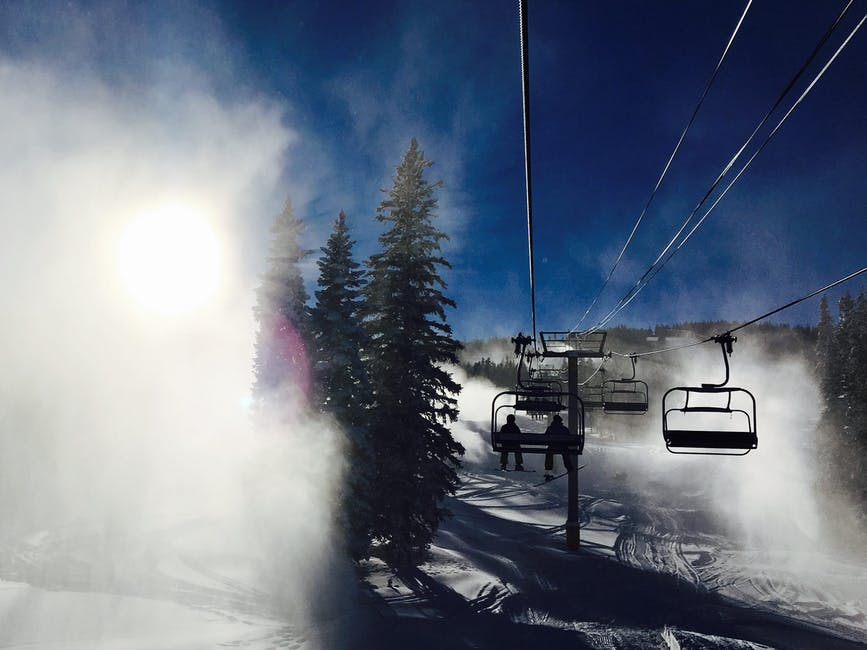 A snowy lift picture as part of the guide to tahoe ski resorts