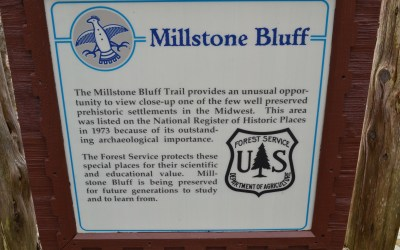 Hiking Millstone Bluff in the Shawnee National Forest