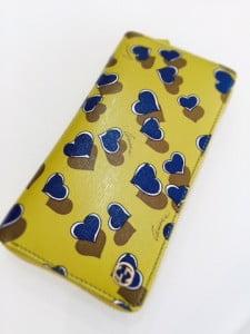財布 黄色