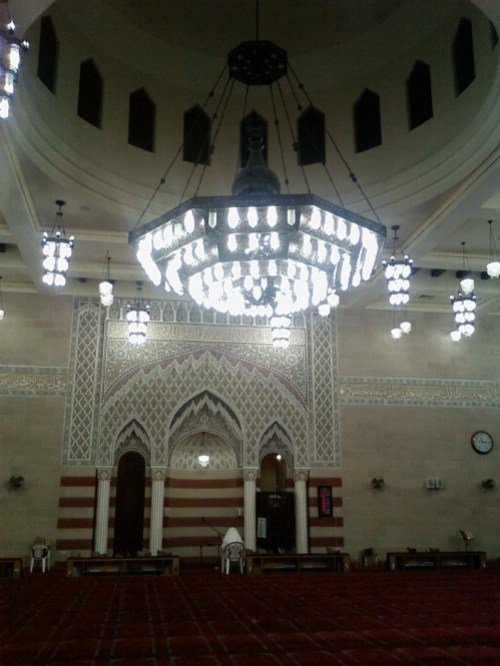 al bahar middle chandelier.JPG