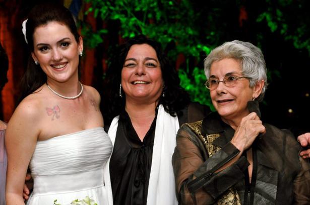 Moraes Diana Luciana e Suzana de Moraes Festa de Casamento de Diana de Moraes Junho 2008 Hípica Mariana, neta de Vinicius de Moraes, fala da morte da tia Luciana
