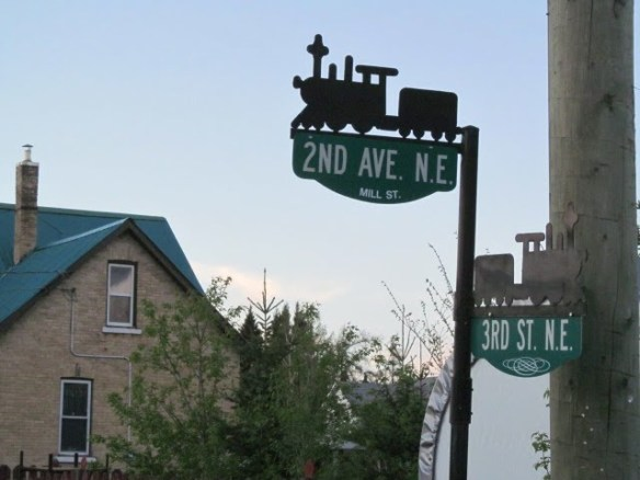 Road signs in Minnedosa Click the photo for more images from around this small Manitoban town