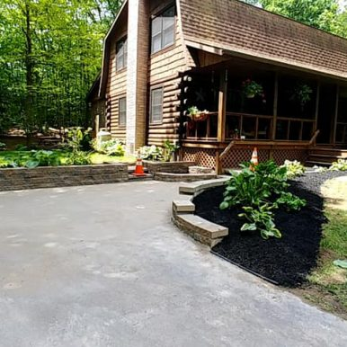 Front landscaping work done by Hillside Seasonal Services