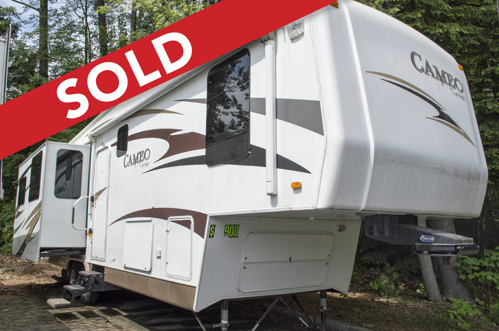 - SOLD! 2009 Carriage Cameo 35 Image