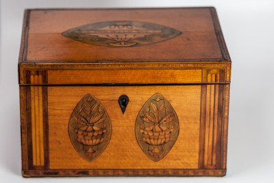 Hill-Stead Boxes Tea Caddy Closed