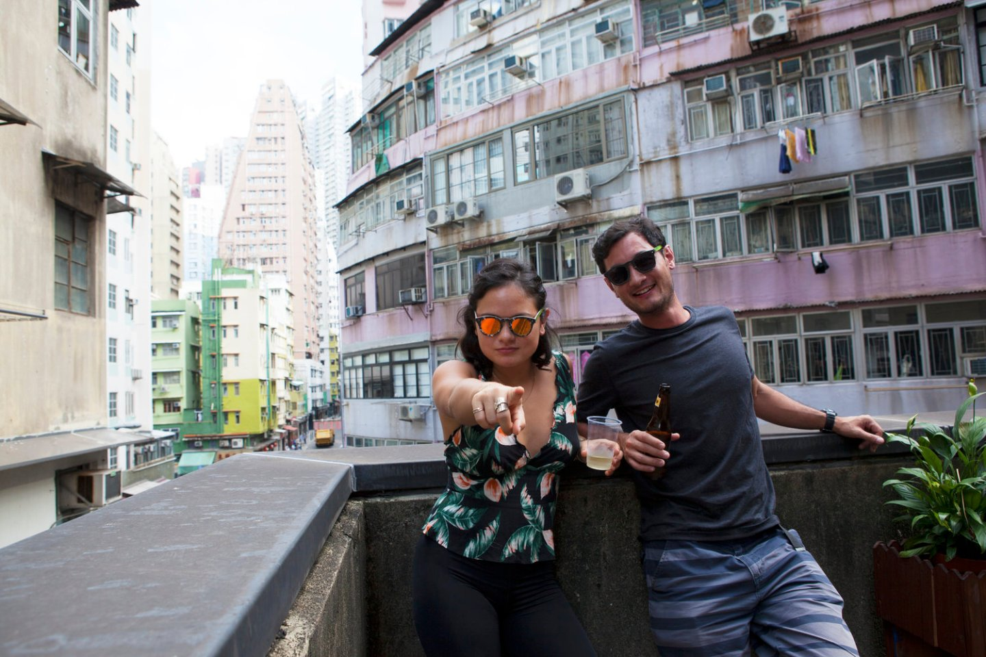 A Local's Guide To Hong Kong: Paper Shades