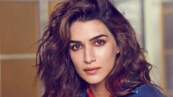 Kriti Sanon has shared a heartfelt poem about violence on women in Instagram, encouraging women to raise their voice against violence.