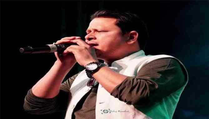 Gajendra Rana is the Folk singer of uttarakhand music industry