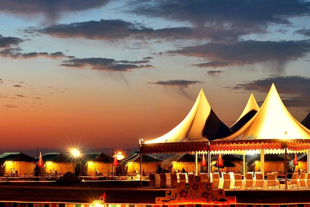 kutch-festival-2325859-001