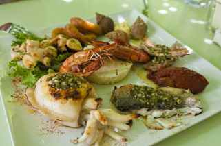 List Of Top 10 Seafood Restaurants in India For 2020 4