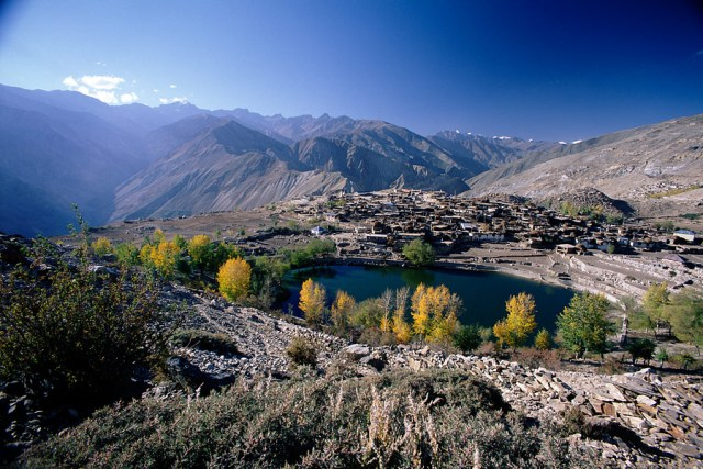 Nako Lake cover