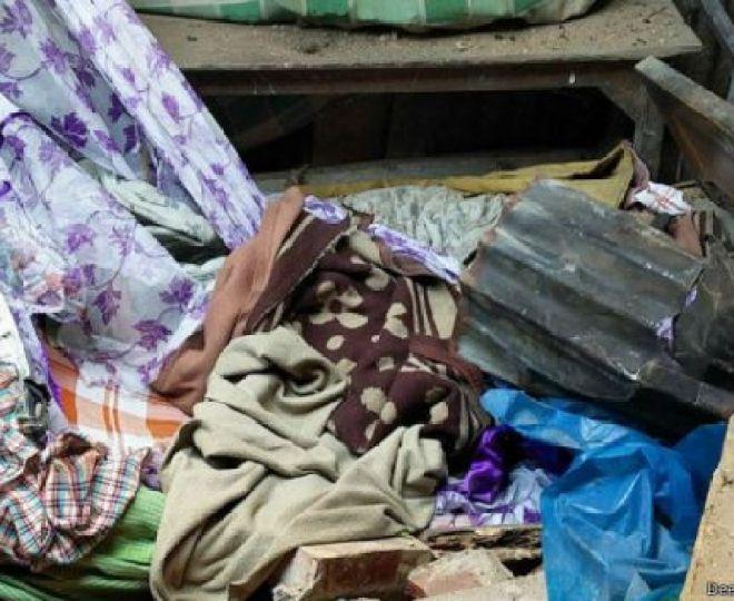 घरों में रखा सामान भी टूट गया है.