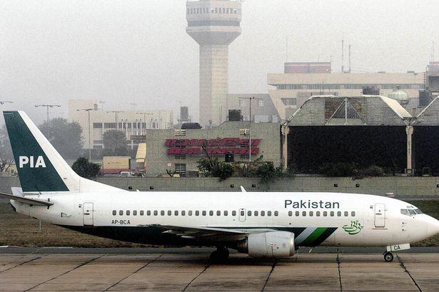 Pakistan-International-Airways_1