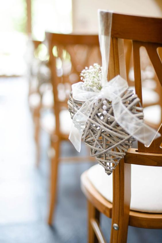 55 Gorgeous Ways To Decorate Your Wedding Chairs Page 4