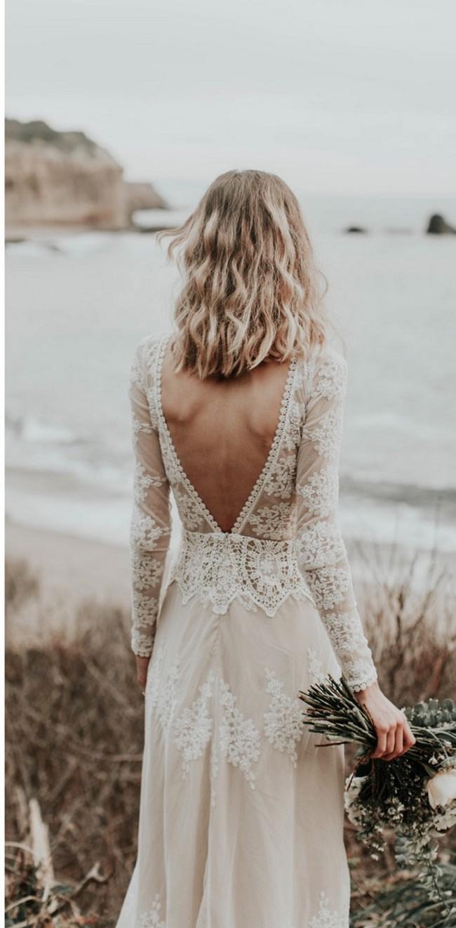 A FAVORITE Lisa Lace Bohemian Wedding Dress