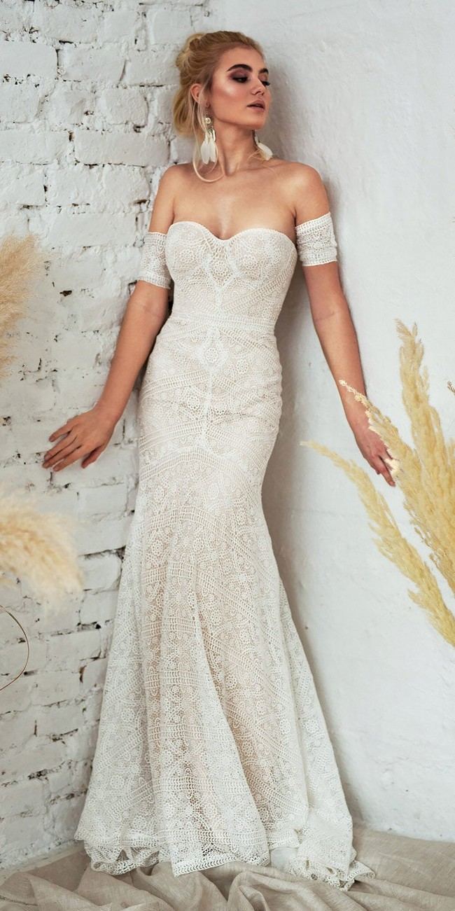 Fit and Flare Bohemin Lace Wedding Dress2