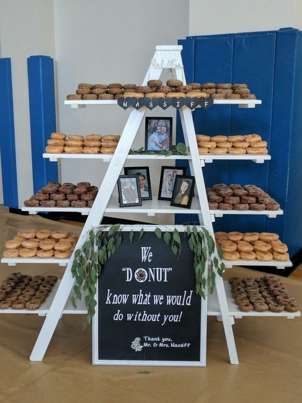 Rustic sweet wedding dessert display and table ideas #wedding #weddingfoods #weddingideas #foods #weddingdessert