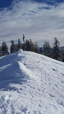 Gipfelbereich des Baumgartenschneid im Schnee