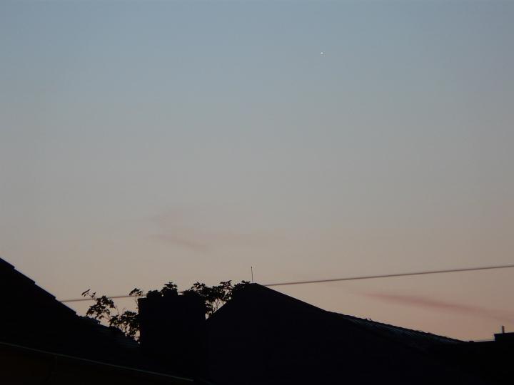 Merkur in der Morgendämmerung (12.08.2012, 05:28 MESZ)