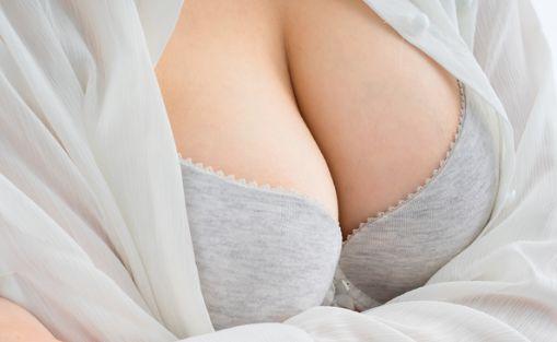 महिलाओं breast size बढाने में