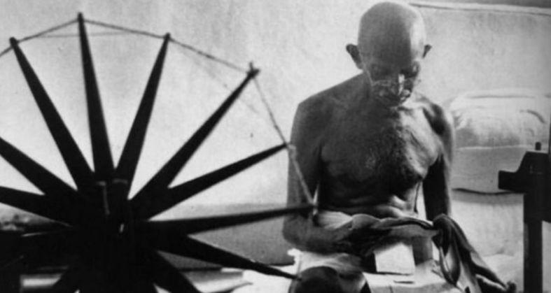 Mahatma Gandhi Death Anniversary His 10 Quotes On Hindi Love Cleanliness  And Religion - Mahatma gandhi death anniversary- Mahatma gandhi quotes-  महात्मा गांधी पुण्यतिथि - Trending