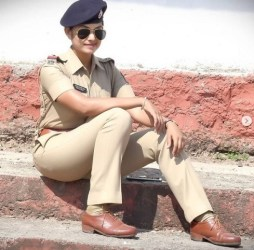 PSI Pallavi Jadhav Glammonn Miss India Biography