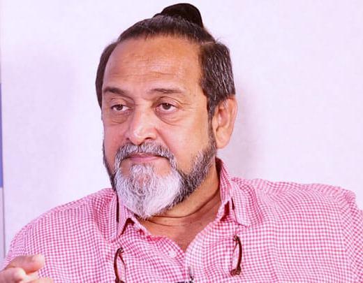Mahesh Manjrekar Age