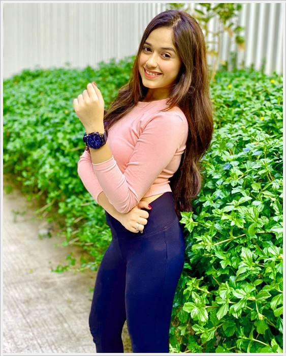 Jannat Zubair Wallpapers Pics Phots Download Free