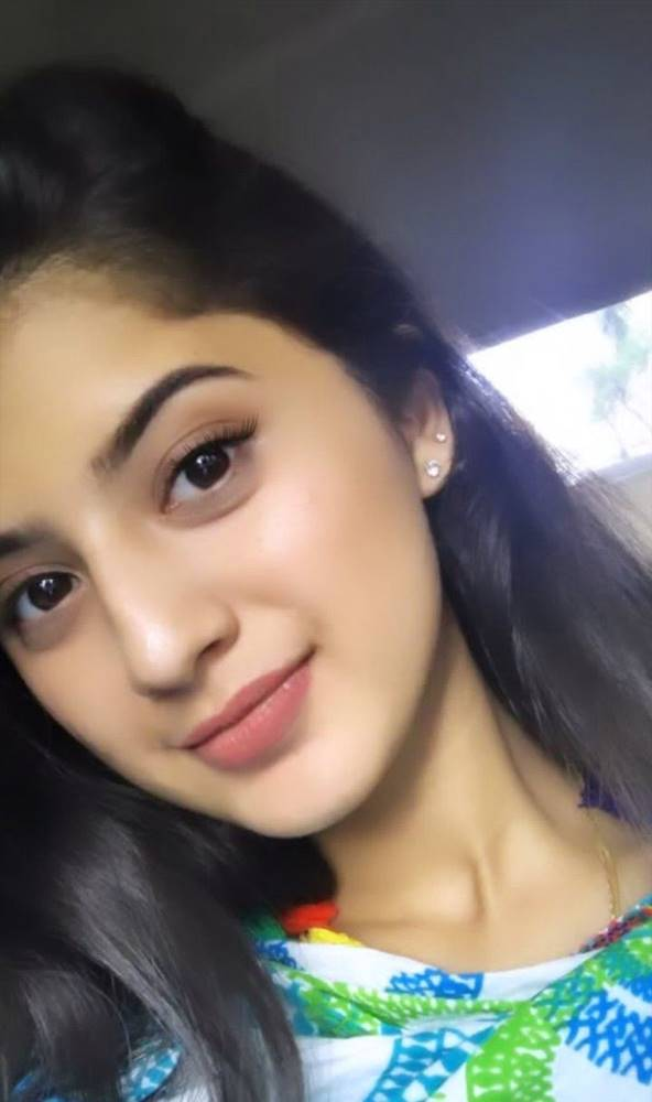 Cute Girl Profile Pic Download : profile, download, Pretty, Beautiful, Simple, Wallpaper, Girls, Download, Share