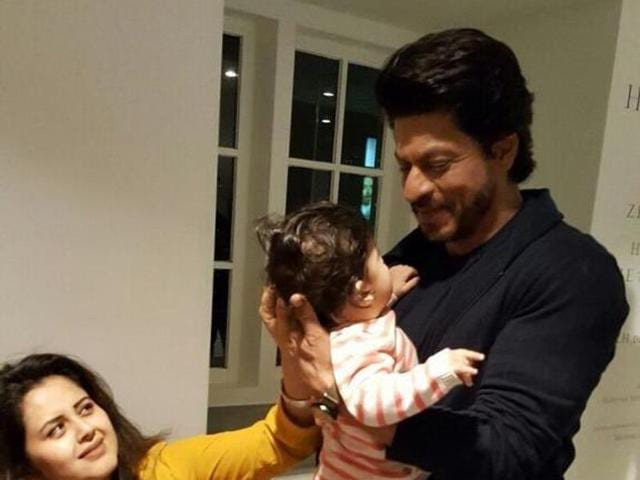 Image result for shahrukh khan and baby