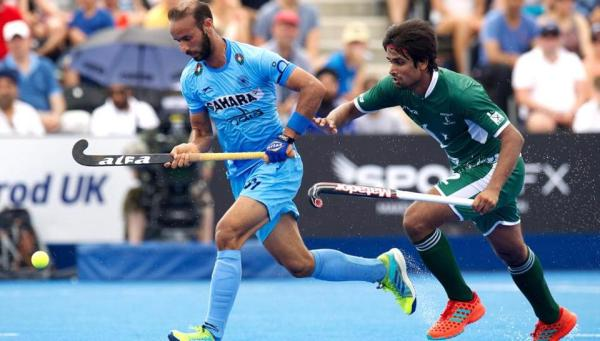 Why Indian hockey team wore black arm bands vs Pakistan ...