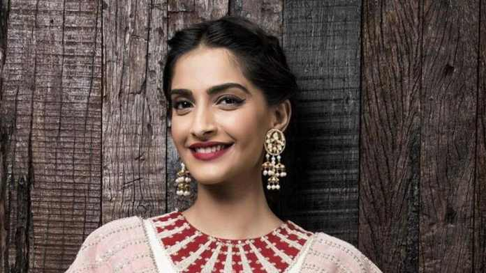 Image result for indian actor Sonam Kapoor
