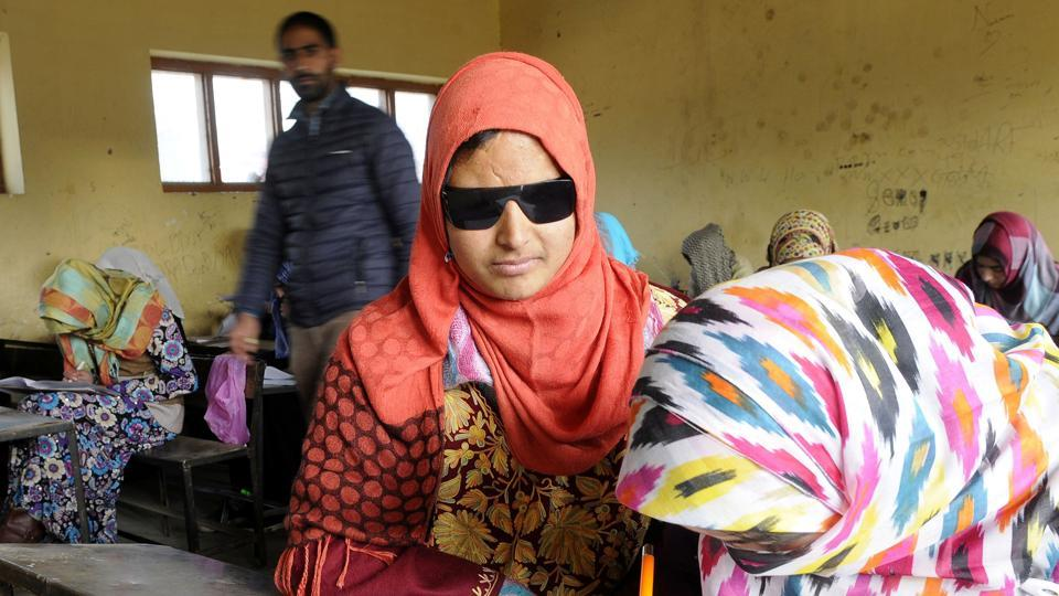Image result for Face of Kashmir's Pellet Woes, Insha Gives Class 10 Exams.